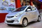 Xe hơi ở Lào rẻ hơn rất nhiều so với Việt Nam