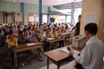 Dân Sài Gòn đổ xô đi đổi giấy phép lái xe PET