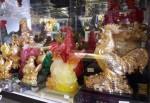 Bỏ chục triệu đồng rước gà phong thủy… Trung Quốc