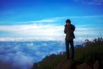 Săn mây trên đỉnh núi bà Đen, Tây Ninh