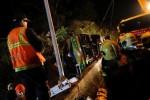 Lật xe du lịch, 44 người thương vong, xác nạn nhân nằm la liệt ở đường