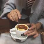 Quán cà phê hàng chục năm tuổi ai đến Hà Nội cũng muốn được thử một lần