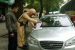Quy định về dừng đỗ xe ô tô và mức xử phạt nếu vi phạm