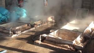 Phát hiện cơ sở chế biến cá cơm sử dụng hóa chất độc hại