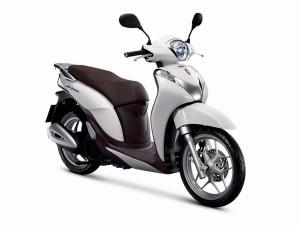 Cập nhật giá bán các mẫu xe máy Honda tháng 9/2016