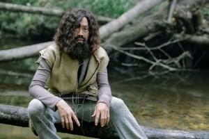 Hoài Linh hóa thân thành người rừng