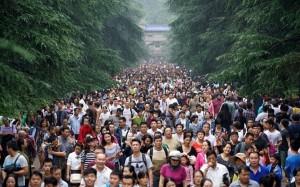 Tắc đường, chen chúc trong 'Tuần lễ vàng' ở Trung Quốc
