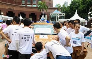 400 người đội mưa giành chiếc Subaru 1,3 tỷ đồng