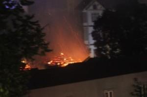 Hà Nội: Cháy lớn tại chùa Tĩnh Lâu lúc nửa đêm