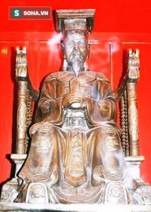 Thuốc độc giấu trong tay quý phi và cái chết của vị vua anh minh bậc nhất sử Việt