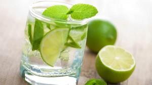 Tác hại không ai ngờ đến của việc uống nước chanh giảm cân