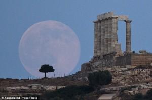 Đã xác định được tuổi thật của Mặt Trăng