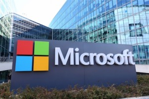 Hàng trăm nhân viên Microsoft sắp mất việc