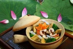 Vương vấn hương vị cơm chay xứ Huế