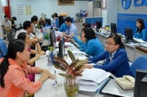 Giảm lương nhân viên còn 4 triệu, Eximbank cải thiện lãi