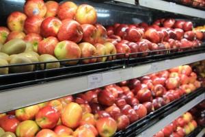 Táo Pháp bán ở siêu thị rẻ hơn cửa hàng trái cây đến 150.000 đồng/kg