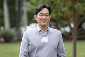 'Thái tử' Samsung bị bắt: Tập đoàn Samsung có bị ảnh hưởng?