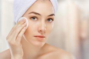 Cách chăm sóc da nhờn hiệu quả nhất vào mùa hè