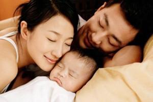 Chế độ thai sản mới nhất năm 2017: Vợ đẻ chồng cũng được tiền thai sản