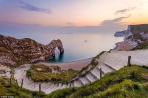 Đã mắt ngắm 10 cổng vòm trên biển đẹp nhất thế giới