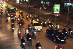 Lỗi ô tô không bật đèn khi đi vào buổi tối phạt bao nhiêu tiền?
