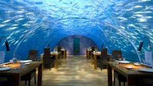 """Thử cảm giác lạ ở 10 nhà hàng """"dị"""" nhất hành tinh"""