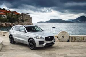 Ưu đãi 7% khi mua Jaguar F - Pace trong ngày ra mắt