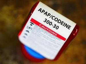 FDA khuyến cáo chống chỉ định dùng thuốc giảm đau cho trẻ dưới 12 tuổi