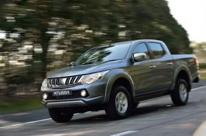 Mitsubishi Triton và Nissan Navara sẽ được