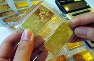 Vàng SJC mất giá 40.000 đồng/lượng