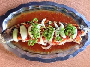 Cá lóc nhồi thịt sốt cà: Món ngon khó cưỡng