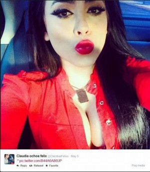 Choáng với cuộc sống thác loạn của bà trùm mafia sexy nhất thế giới