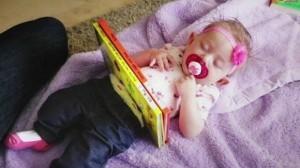 Thót tim màn ảo thuật ông bố 'cưa' đôi người con gái bằng 2 cuốn sách thu hút hơn 7 triệu lượt xem