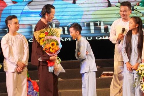 Danh sách con nuôi 'khủng' của Hoài Linh kết nạp thêm thành viên mới