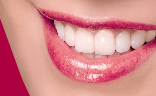 Cao răng tự bong, hôi miệng cũng 'bay biến' chỉ sau 1 đêm nếu dùng dấm đúng cách