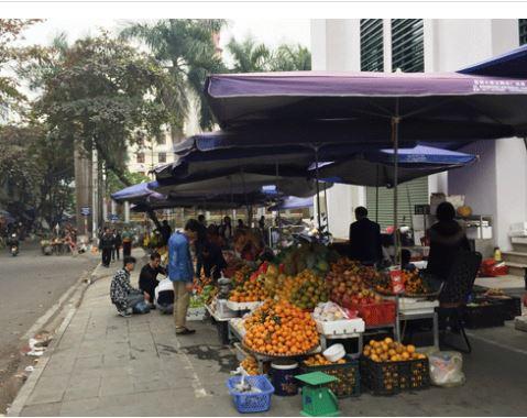 Đến hẹn lại lên, rau quả Trung Quốc ngập chợ Việt Nam