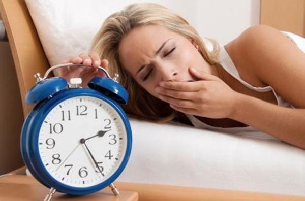 Nếu ngày nào bạn cũng tỉnh giấc vào thời điểm này trong đêm, hãy đi khám sức khỏe ngay