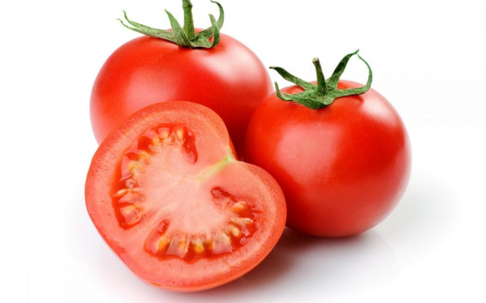 Dùng cà chua đông đá theo cách này da trắng nhanh hơn cả mỹ phẩm tiền triệu