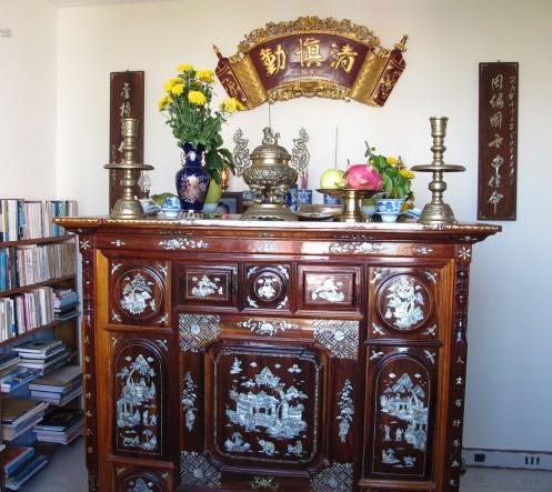 Những lưu ý bài trí bàn thờ theo phong thủy