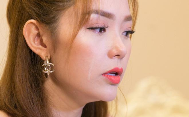 SỐC: Minh Hằng khóc thừa nhận Hồ Ngọc Hà trong việc rời ghế nóng The Face