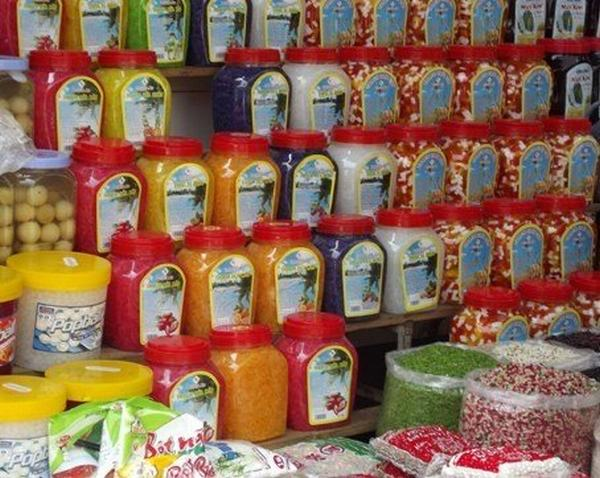 Coi chừng mang họa vì bán trà sữa hóa chất