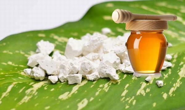 Mật ong không được dùng với những thực phẩm này