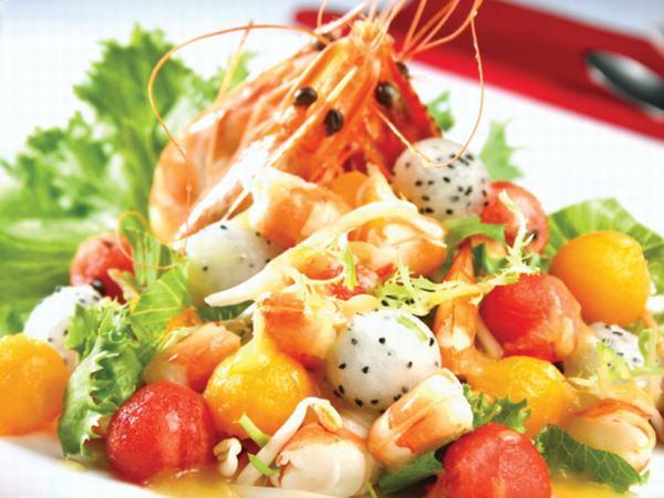 Mùa hè đi biển, cần tránh tuyệt đối những điều này khi ăn hải sản