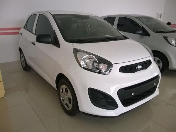 Mua ô tô nào với giá dưới 300 triệu đồng ở Việt Nam