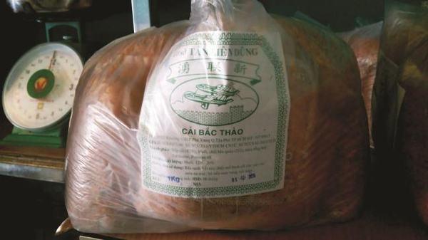 Nhập rau có nguồn gốc từ bãi rác, chế biến thành thực phẩm sạch