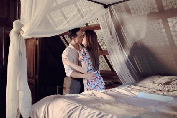 Những cặp đôi 'MV giả tình thật' gây xôn xao làng giải trí Việt