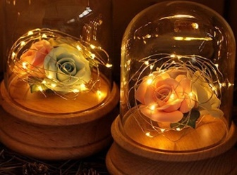 Quà tặng 20/10: Lạ mắt hoa hồng phát sáng độc đáo giá gần nửa triệu hút giới trẻ săn lùng tặng bạn gái